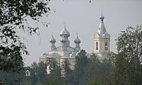 Успенская церковь в Лезье