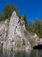 Мраморная скала в  Рускеала