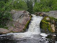 Нижний водопад на ручье Коринойя