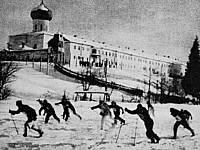 Финская фотография лагеря в Троицком монастыре